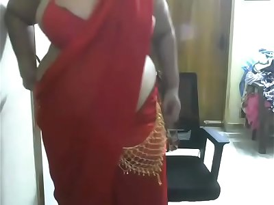 indian Bhabi Webcam show leaked by Husband Part 1